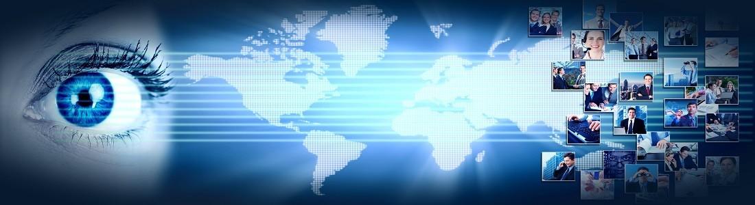 un ojo azul mirando una planeta y imagenes de informaciones en la television